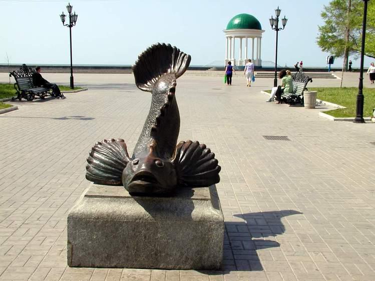 Памятник бычку в Бердянске